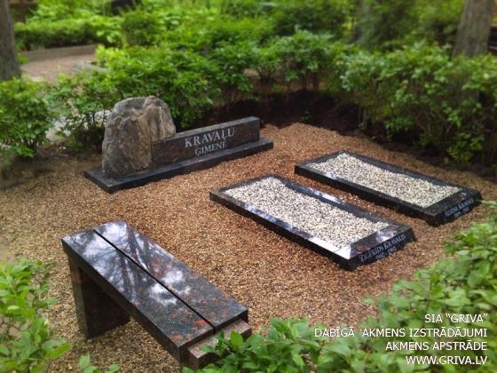 Laukakmens kapu piemineklis noformējums