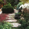 Тратуар - элемент дизайна в саду